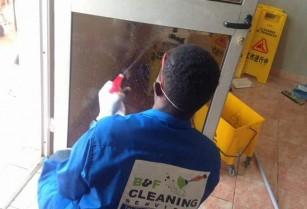 Le nettoyeur urgence….pour les fêtes