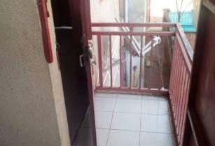 Appartement moderne, à louer à l'étage, au quartier MIMBOMAN CHATEAU,avec accès facile