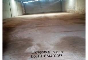 Entrepôts Et Magasins De 2000m2 a Louer a Douala. Prix/m2