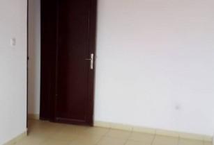 Bel appartement sécurisé, a louer a Essomba
