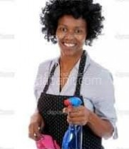 J & J CORPORATION recherche pour l'une de ses partenaires habitant  ngousso une femme de ménage  residente