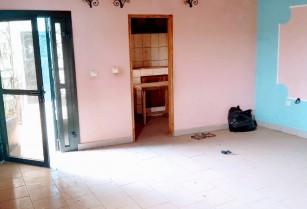 Appartement a l'étage a Mvan. 2 chambres 2 douches