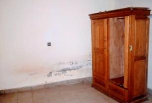 Studio pour bureaux ou habitation avec gardien a Mimboman Terminus