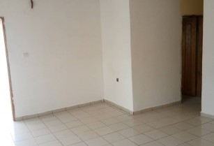 Appartement individuel avec parking a Mimboman.2chambres 1douche
