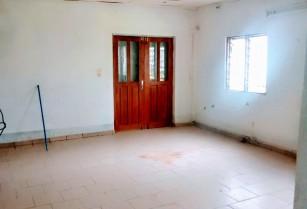 Villa a Elig Essono. 3 chambres 1 douche.