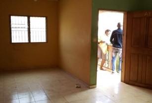 Appartement avec parking a Nkolmesseng.  2 chambres 1 douche.